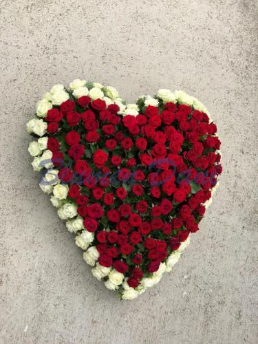 Herz vollgestellt Rosen
